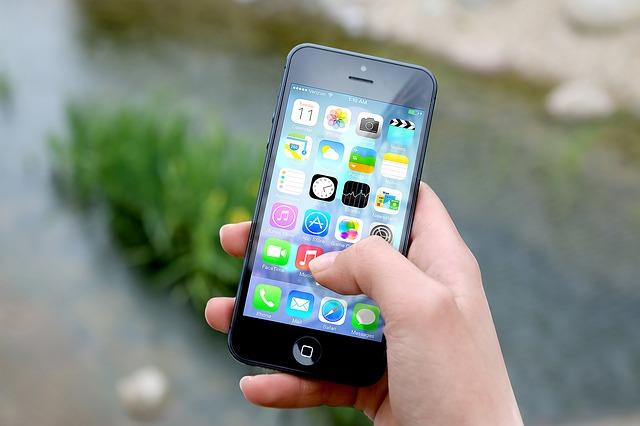 Harris Interactive, HPE et Azetone dévoilent les premiers résultats de la troisième édition de l'enquête sur les enjeux du marketing mobile image