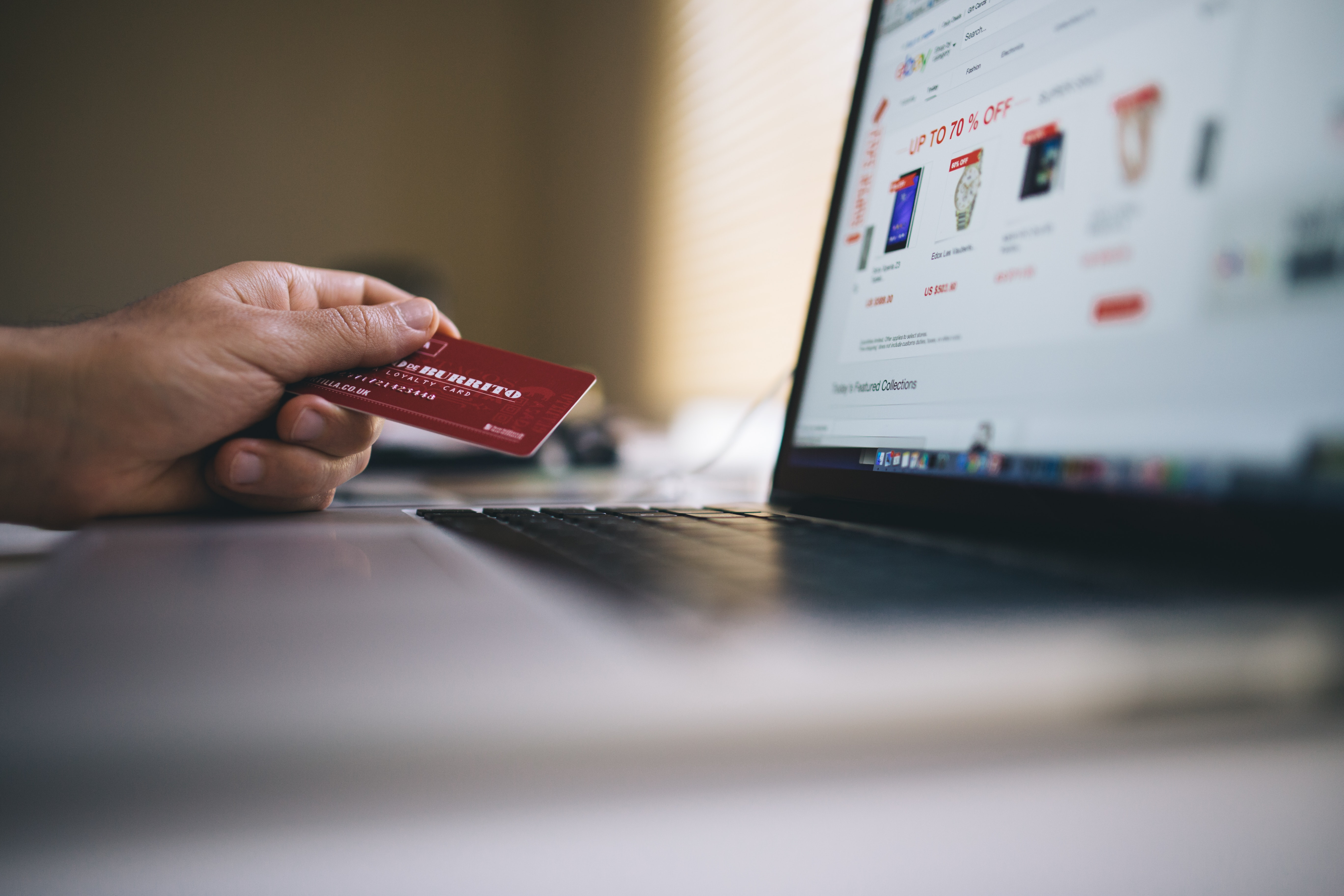 Le digital en grande distribution : portrait et pratiques des consommateurs connectés, en ligne et en magasin image